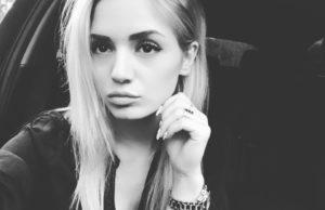 Арсения исполнила авторскую песню «Самолет» на форуме Таврида 2017