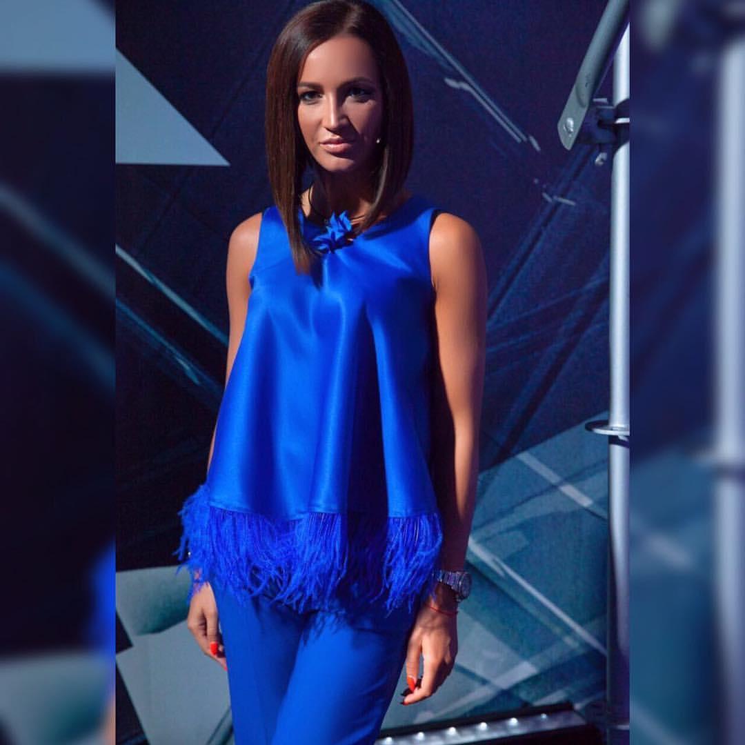 Ольга Бузова - Хит-Парад, 2017 - отрывок песни и видео