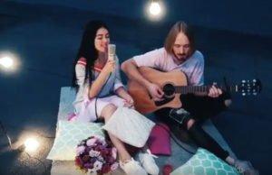Nila Mania поет на русском песню Ed Sheeran - Thinking Out Loud
