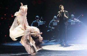 Сергей Лазарев спел песню «Шепотом» на шоу Танцы
