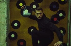 MONATIK показал отрывок клипа «То, от чего без ума»