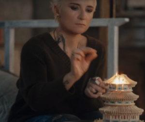Клип группы Ночные Снайперы и Дианы Арбениной - Грустные люди, 2018 - смотреть онлайн