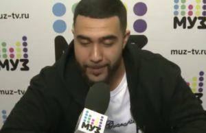 "Jah Khalib спел песню ""Медина"" во время онлайн-видеочата МУЗ-ТВ"