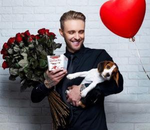 Егор Крид спел песню «Миллион алых роз» на шоу «Вечерний Ургант»
