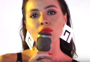 Маша Кольцова спела кавер-версию песни «One kiss» Дуа Липы