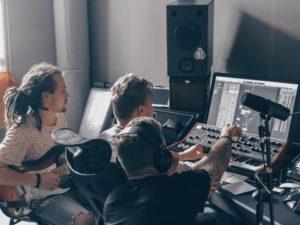 Влад Соколовский работает над новым альбомом