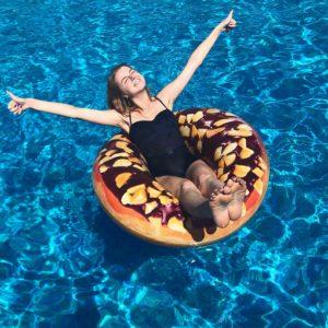 Надежда Гуськова показала фото в купальнике с отдыха в Сочи