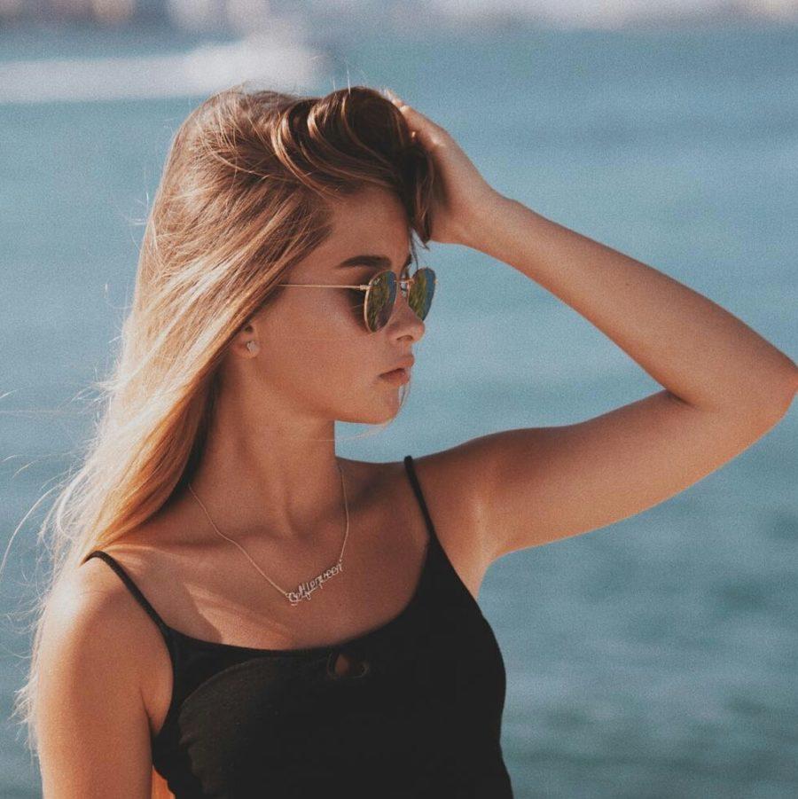 Александра Абрамейцова - Не убежать, дебютный альбом / 5 песен