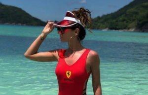 Ольга Бузова показала видео, в котором она позирует на пляже