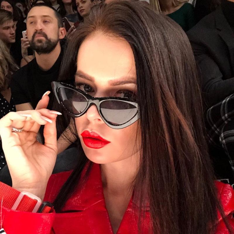 Клип Елены Князевой - Кофе и алкоголь, 2018 - смотрите видео / Музолента