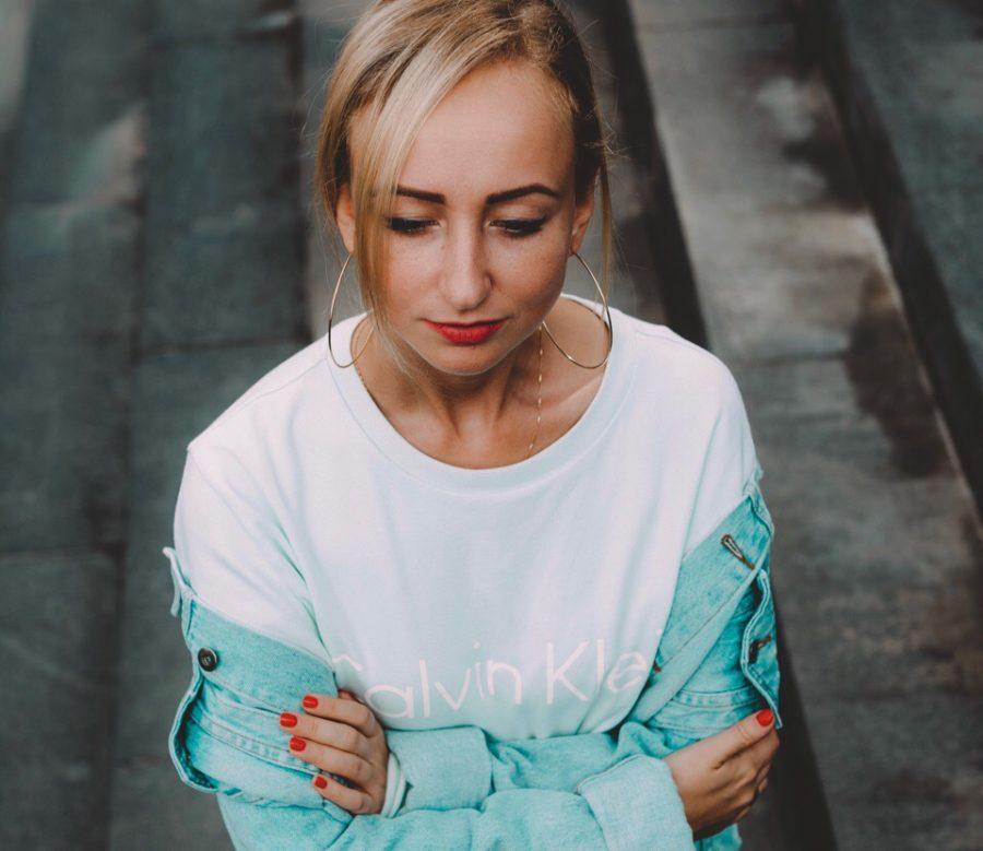 Katya Tu - Белое, 2018 - слушайте песню онлайн / Музолента