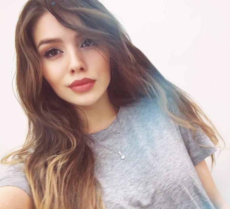 Люся Чеботина продемонстрировала свою фигуру на пляжном фото