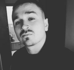 T1One и Паша Proorok - Так хочется напиться, 2018 - слушайте песню | Музолента