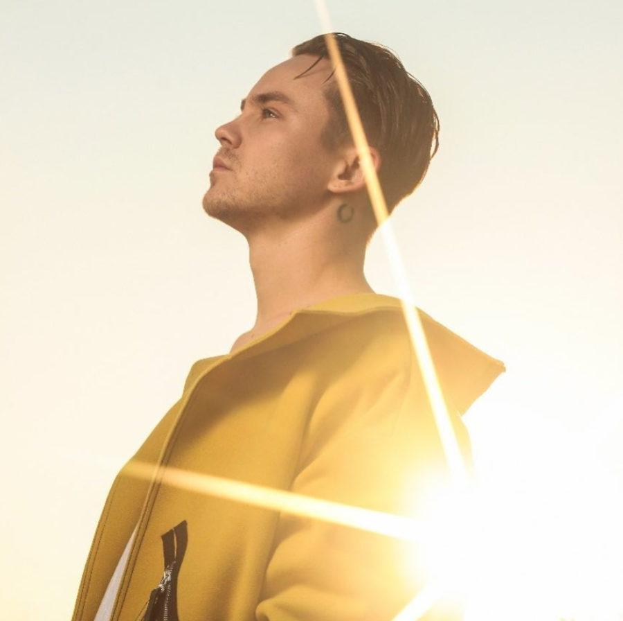 Артем Пивоваров - Карма, 2018 - слушайте песню онлайн | Музолента