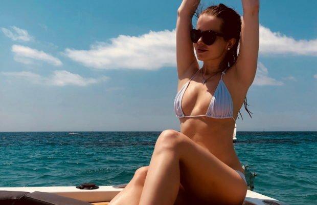 Подборка пляжных фото певицы Елены Князевой за 2018 год