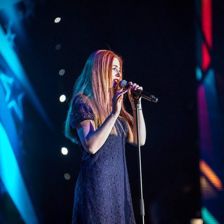 Лена Катина - Куришь, 2018 - слушать онлайн песню | Музолента
