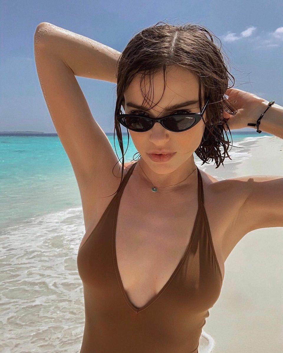 Елена Темникова отдыхает на Мальдивах