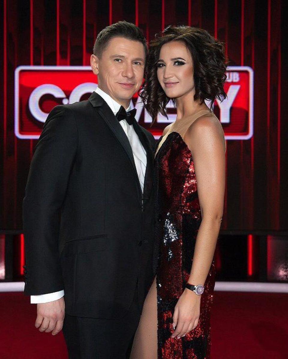 Ольга Бузова и Тимур Батрутдинов на шоу Камеди Клаб