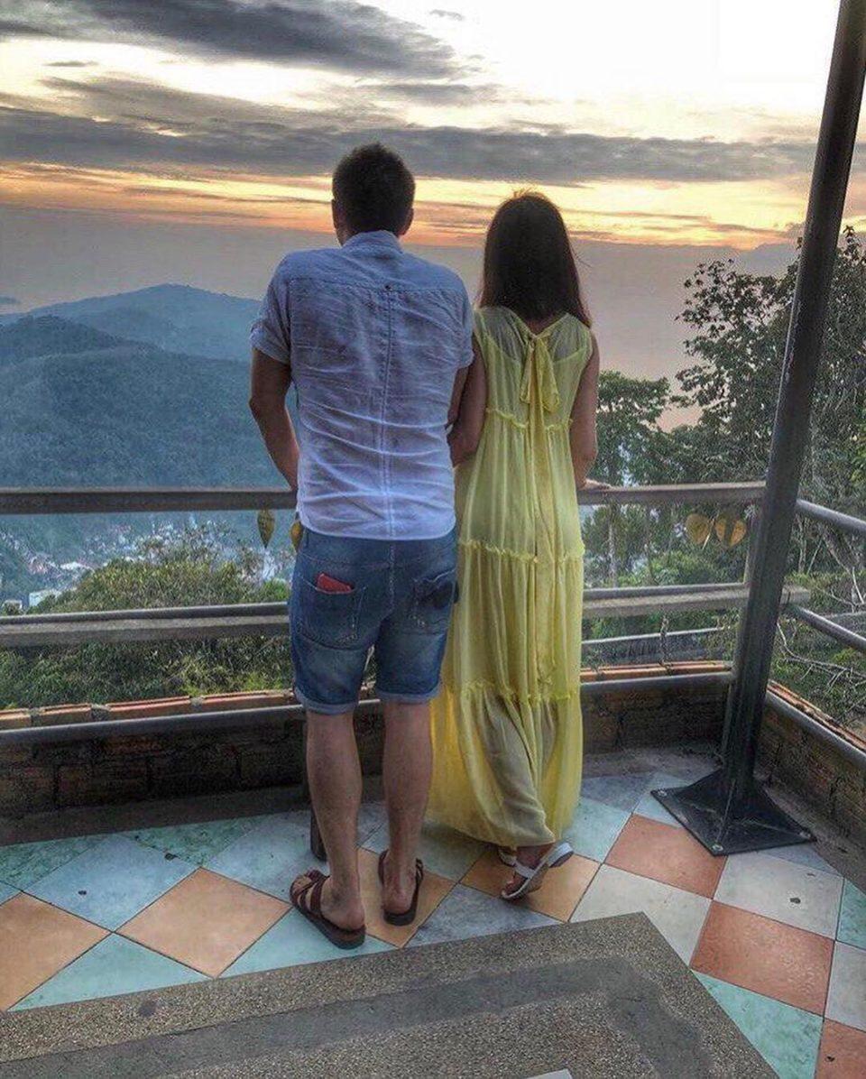 Ольга Бузова и Тимур Батрутдинов общаются и любуются красотами природы