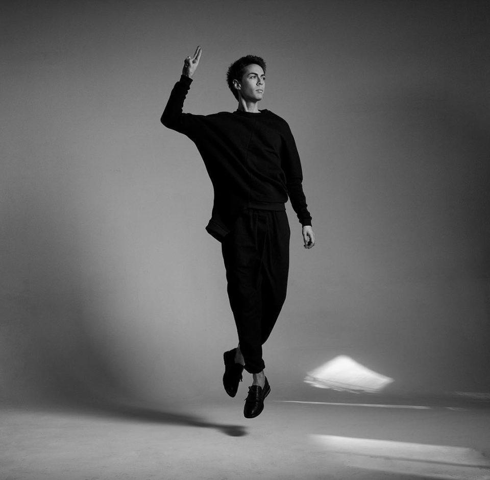 Марк Тишман - Тянет в Питер, 2019 - слушайте песню онлайн   Музолента