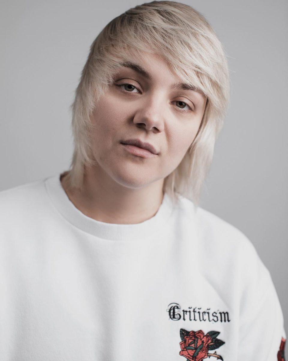 Клип Ани Ниловой - Спроси меня 🎵 Смотрите видео онлайн   Музолента