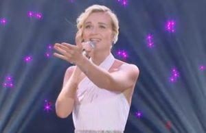Полина Гагарина спела песню «Million Voices» на китайском шоу «Singer»