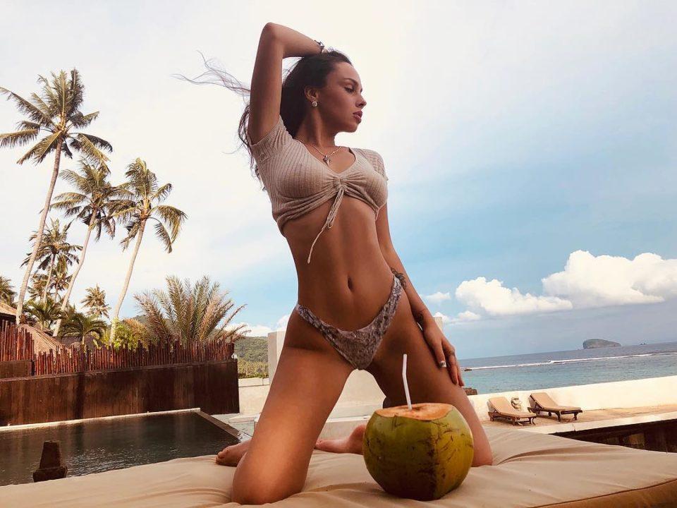 Лиза Корнилова отдыхает на Бали