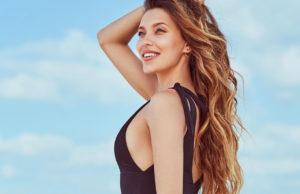 Регина Тодоренко продемонстрировала фигуру на пляжных фото