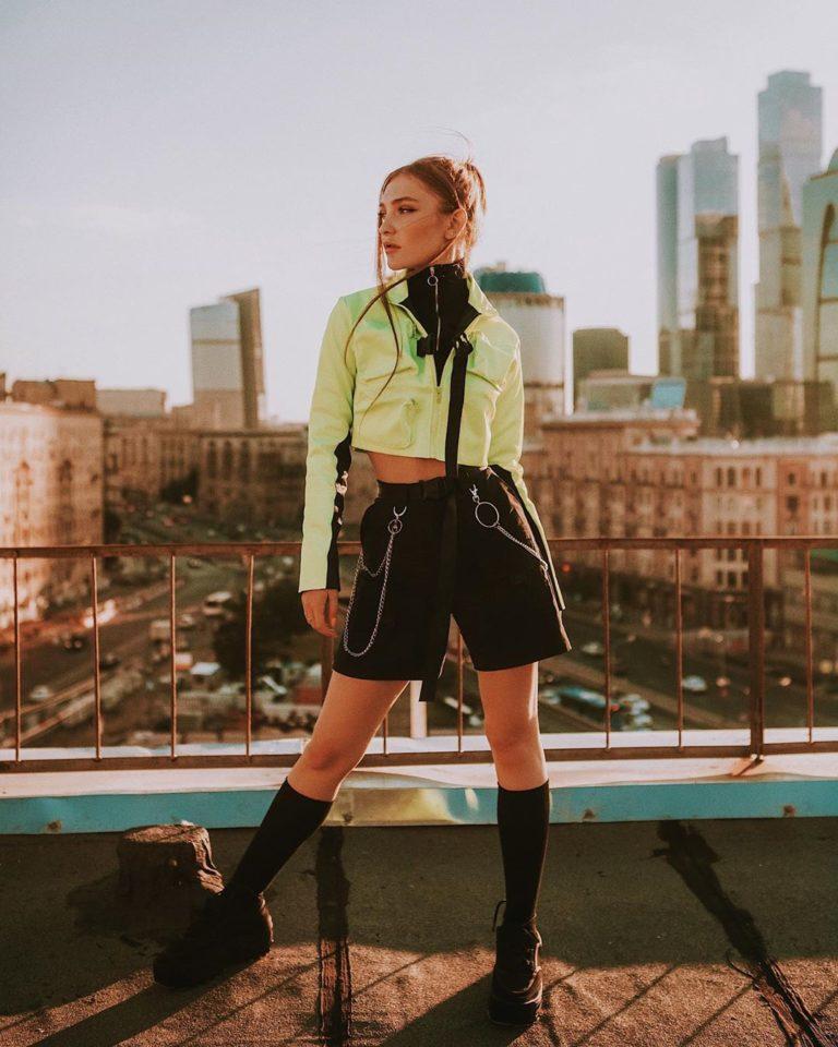 Monte&Manula — Среди тысячи комет, альбом 2019 | 8 песен | Музолента