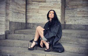 Ёлка и Артём Пивоваров исполнили вживую несколько песен на студии «Авторадио» | Музолента