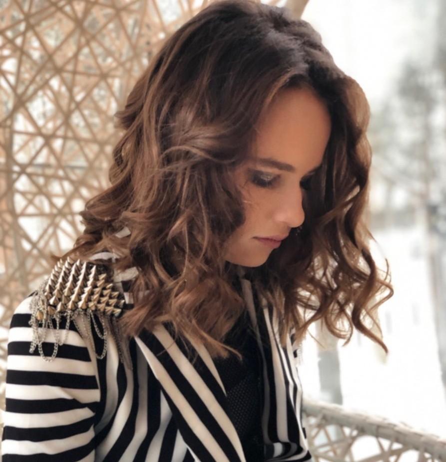 Ксюша Антонова — Думать о тебе, альбом 2019 года | 5 песен | Музолента