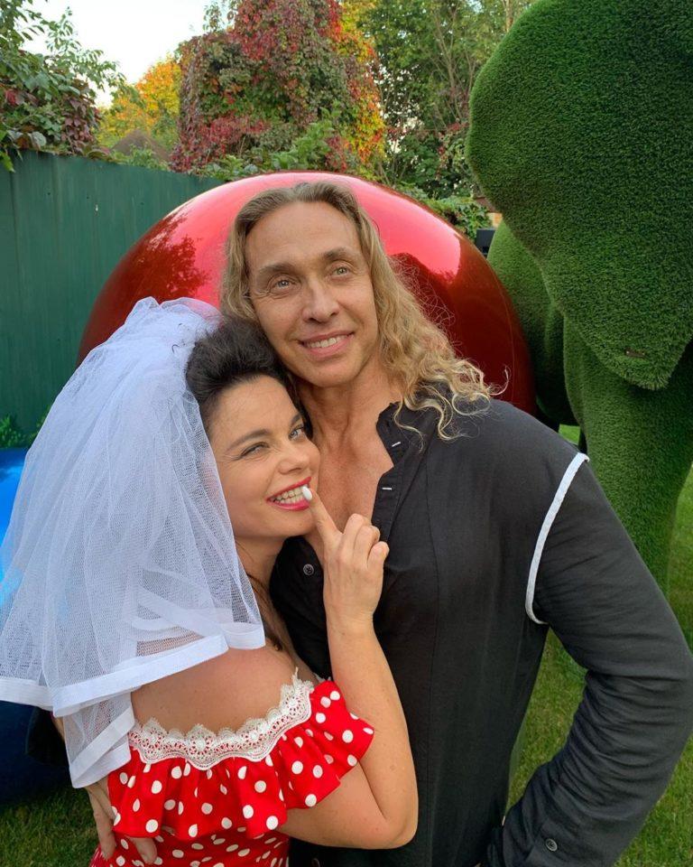 Наталья Королева и Сергей Глушко отмечают топазовую свадьбу
