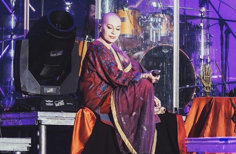 Наргиз сообщила, что её гастрольный тур находится под угрозой срыва