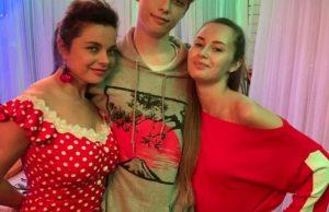Наталья Королева, Сергей Глушко и их сын с любимой девушкой провели вместе вечер