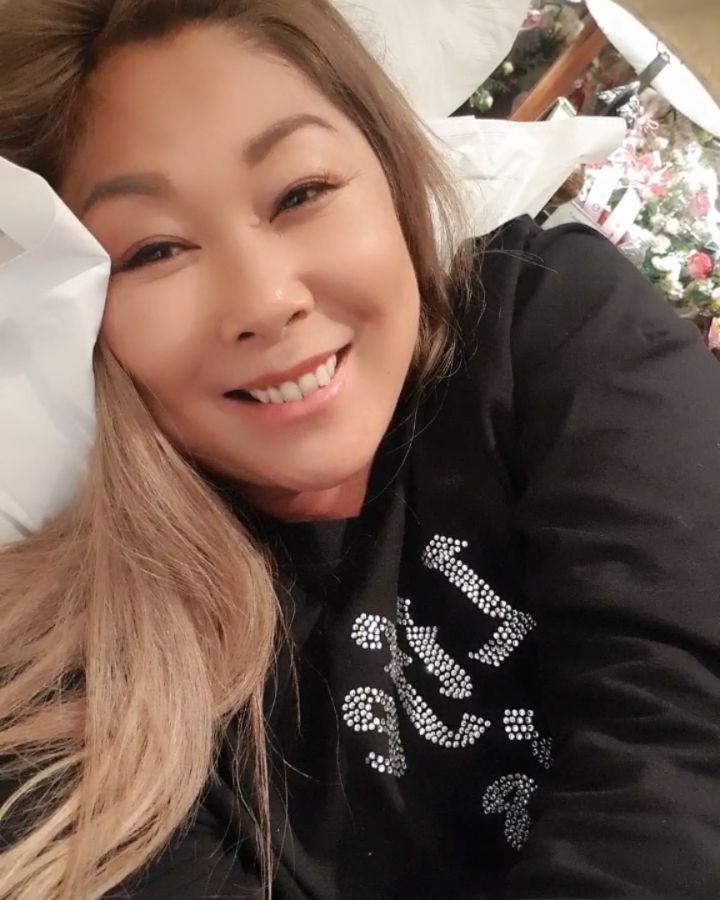 Анита Цой — В голове, 2019 — слушайте песню | Музолента