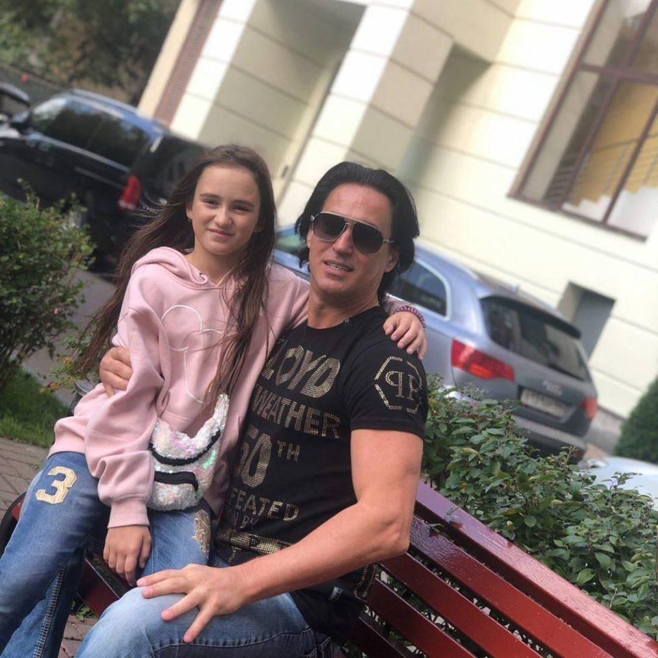Муж и дочка Кати Лель