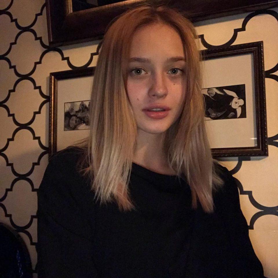 Лера Яскевич — Месяц, 2019 — слушайте онлайн | Музолента