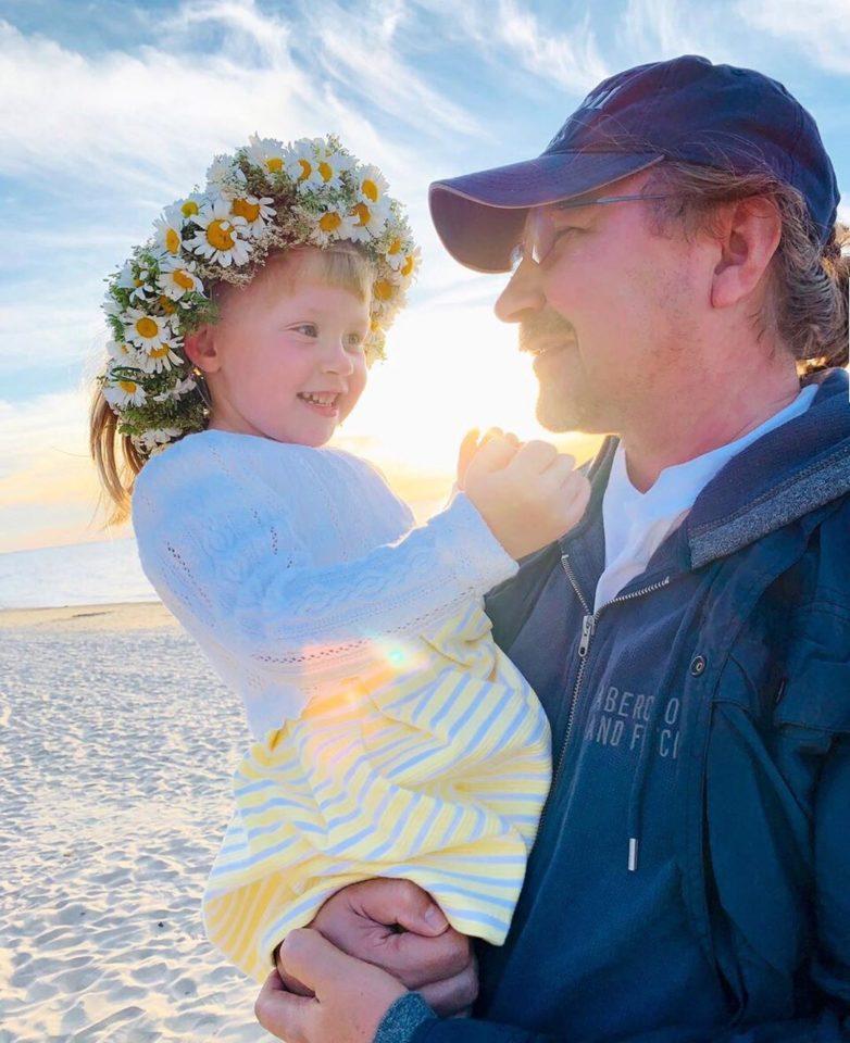 Игорь Николаев с дочерью Вероникой на празднике Ligo