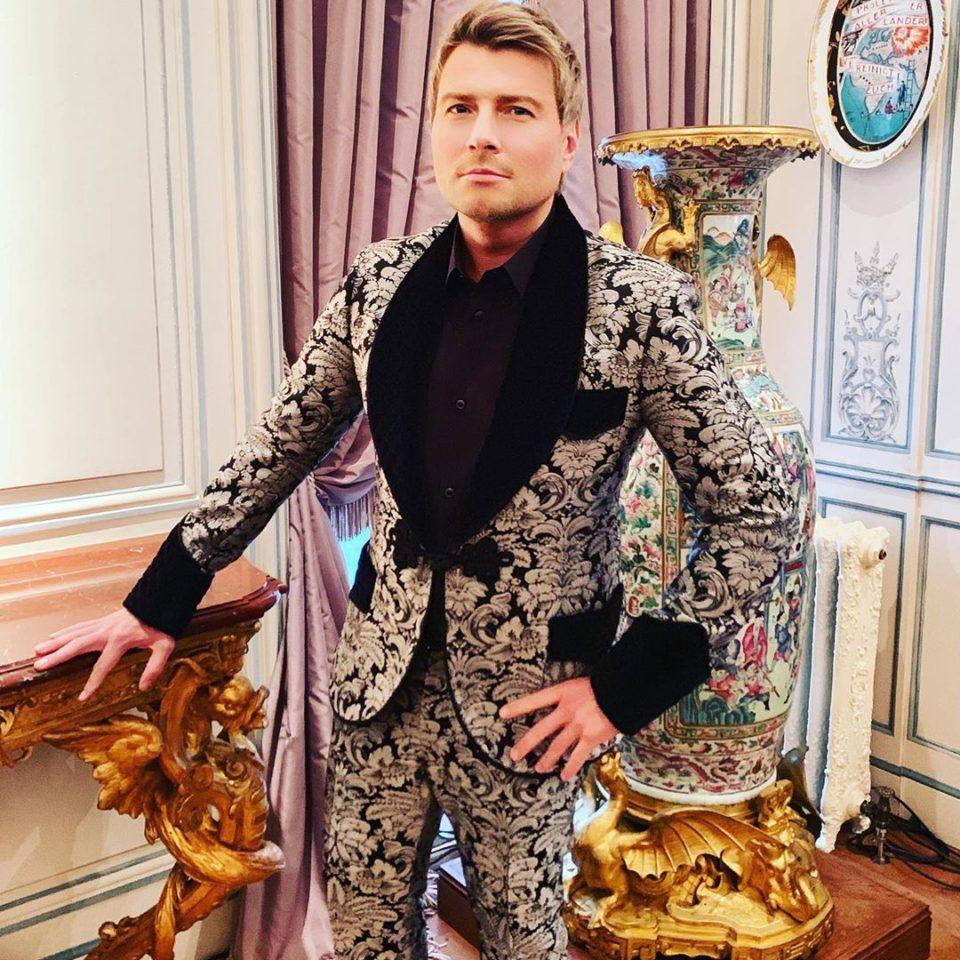 Николай Басков спел песню «Свадьба» на свадьбе Дарьи Клюкиной и Владимира Чопова | Музолента