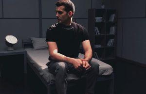Терновой показал новую грань своего творчества в песне и клипе «Космос» | Музолента