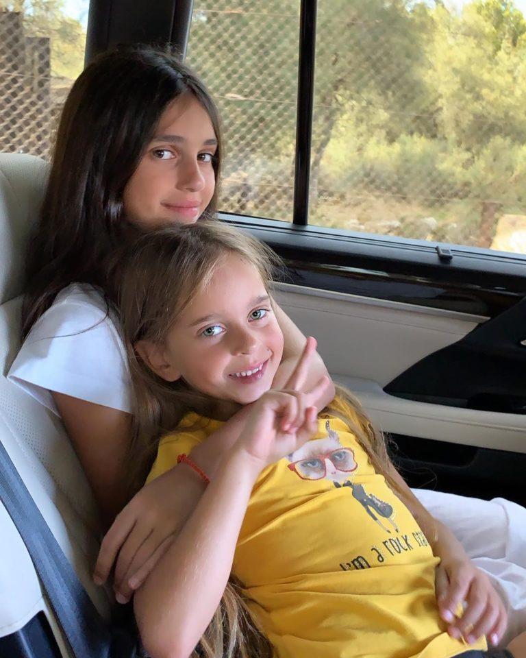 Сестры Алиса и Амели