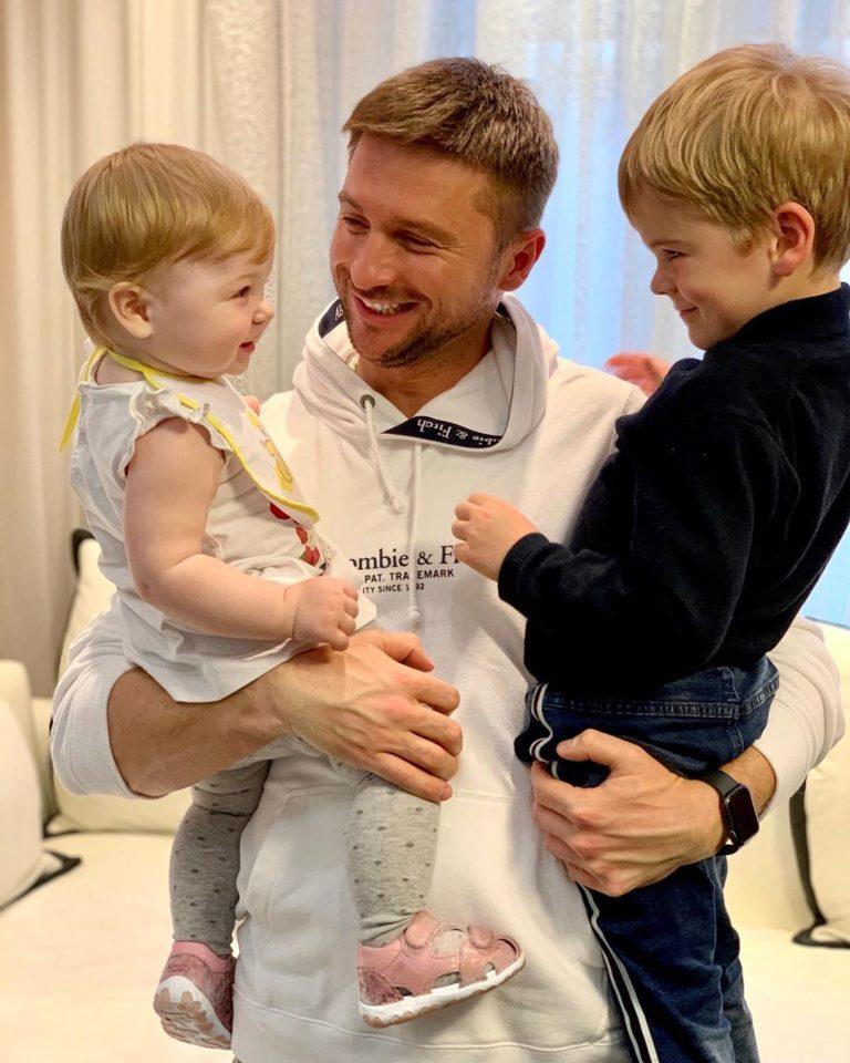 5 милых фото Сергея Лазарева со своими детьми