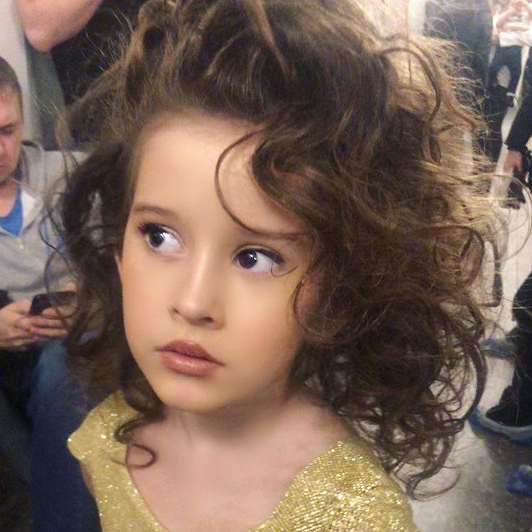 Таня Терешина показала милое фото своей дочери со съемок ледового шоу