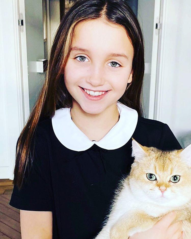 Мария Вакуленко с котом