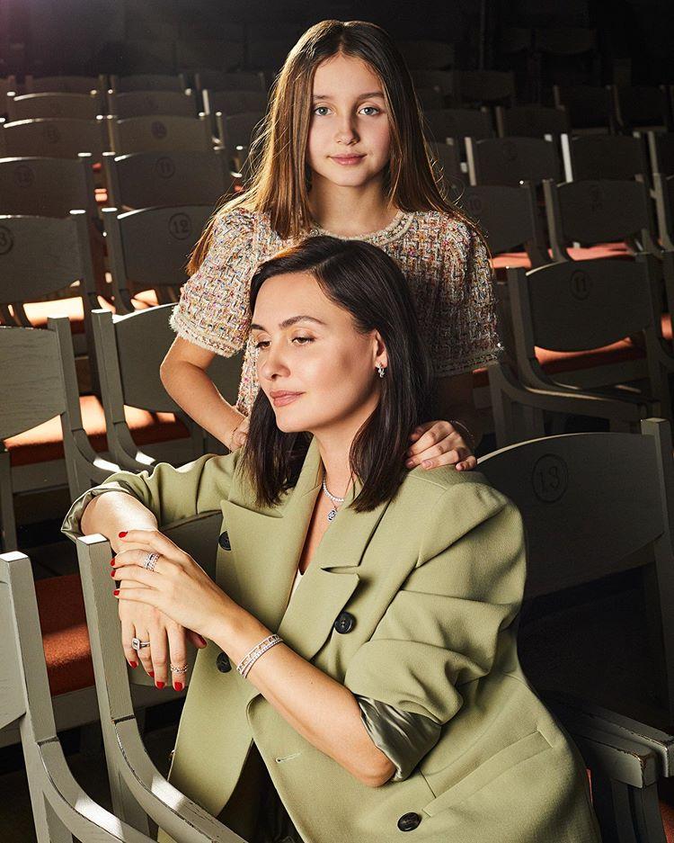 Елена Вакуленко со старшей дочерью