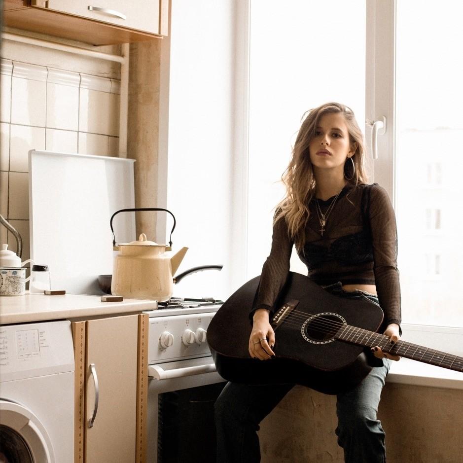 Эльвира Т — Бывшая муза, 2019 — лирическая песня | Музолента