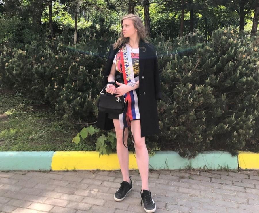Дочка Алены Апиной