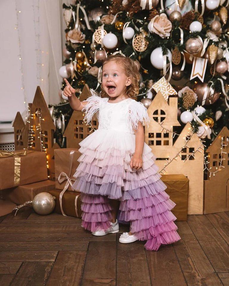 Рита Дакота показала милые предновогодние фото своей дочери Мии