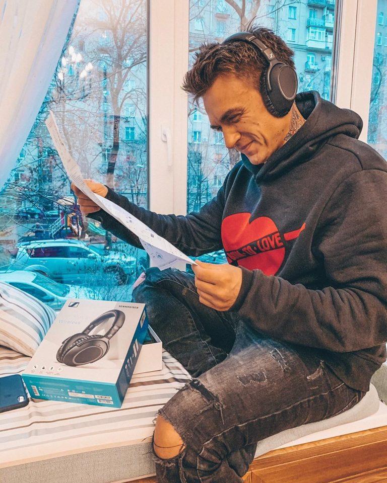 Влад Топалов — Пасадена, 2019 — слушайте песню | Музолента