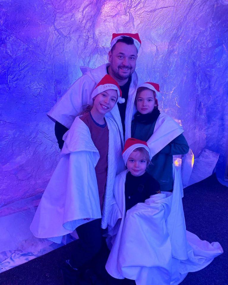 Сергей Жуков показал милые фото с детьми и женой с отдыха в «Лапландии»